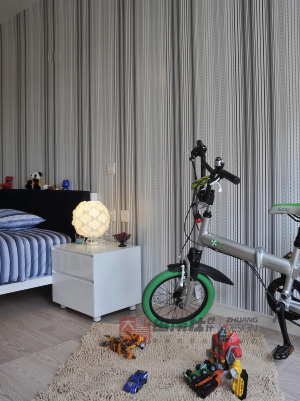 现代复试实景衡泰国际花儿童房装修效果图片 装修美图 新浪装修家居