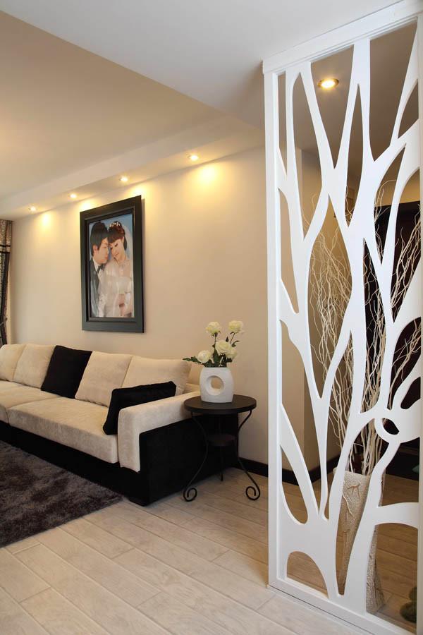 观林园--90平米客厅实景图   标签: 简约 欧式 混搭 二居 白高清图片
