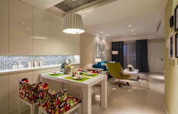 现代简约三居80后小资新房装修餐厅装修效果图片 装修美图 新浪装修高清图片