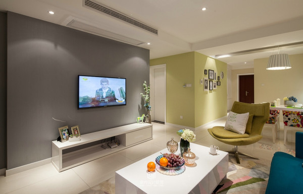 现代简约三居80后小资新房装修客厅装修效果图片 装修美图 新浪装修高清图片