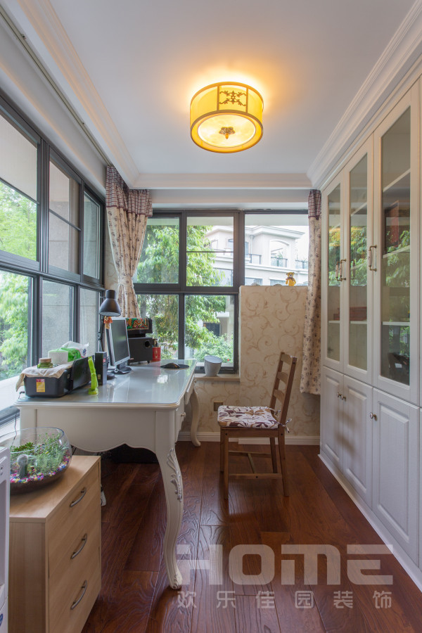 欧式复式三居书房装修效果图片 装修美图 新浪装修家居网