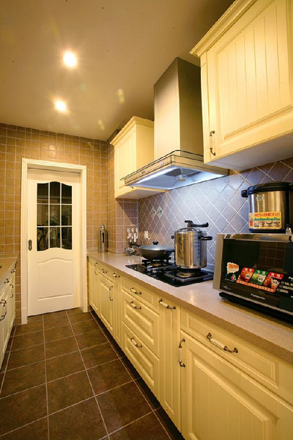 长兴路十号雅致主义高度国际装修设计高度希文厨房装修效果图片 装修