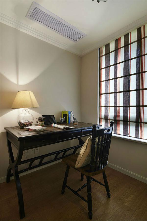 美式三居收纳白领效果图实景图书房装修效果图片 装修美图 新浪装修高清图片