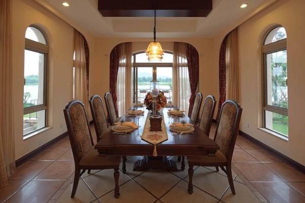 西班牙风格优雅别墅餐厅装修效果图片 装修美图 新浪装修家居网看图高清图片